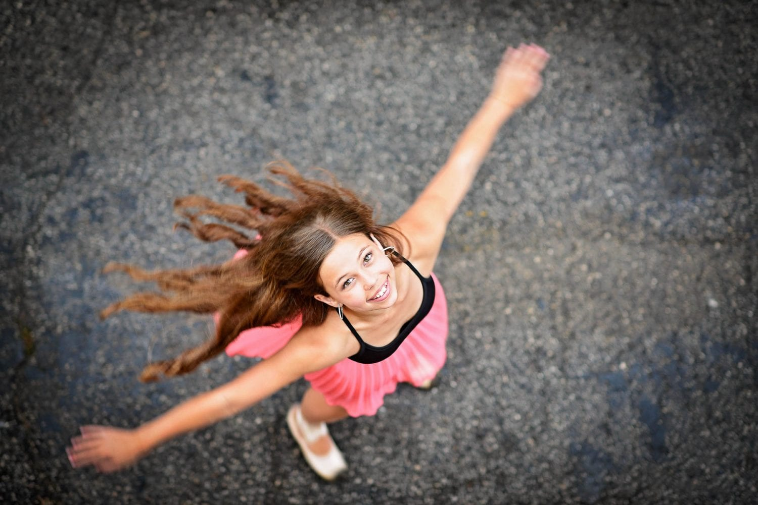 Dancer spinning around for her portrait session in Tampa, Florida
