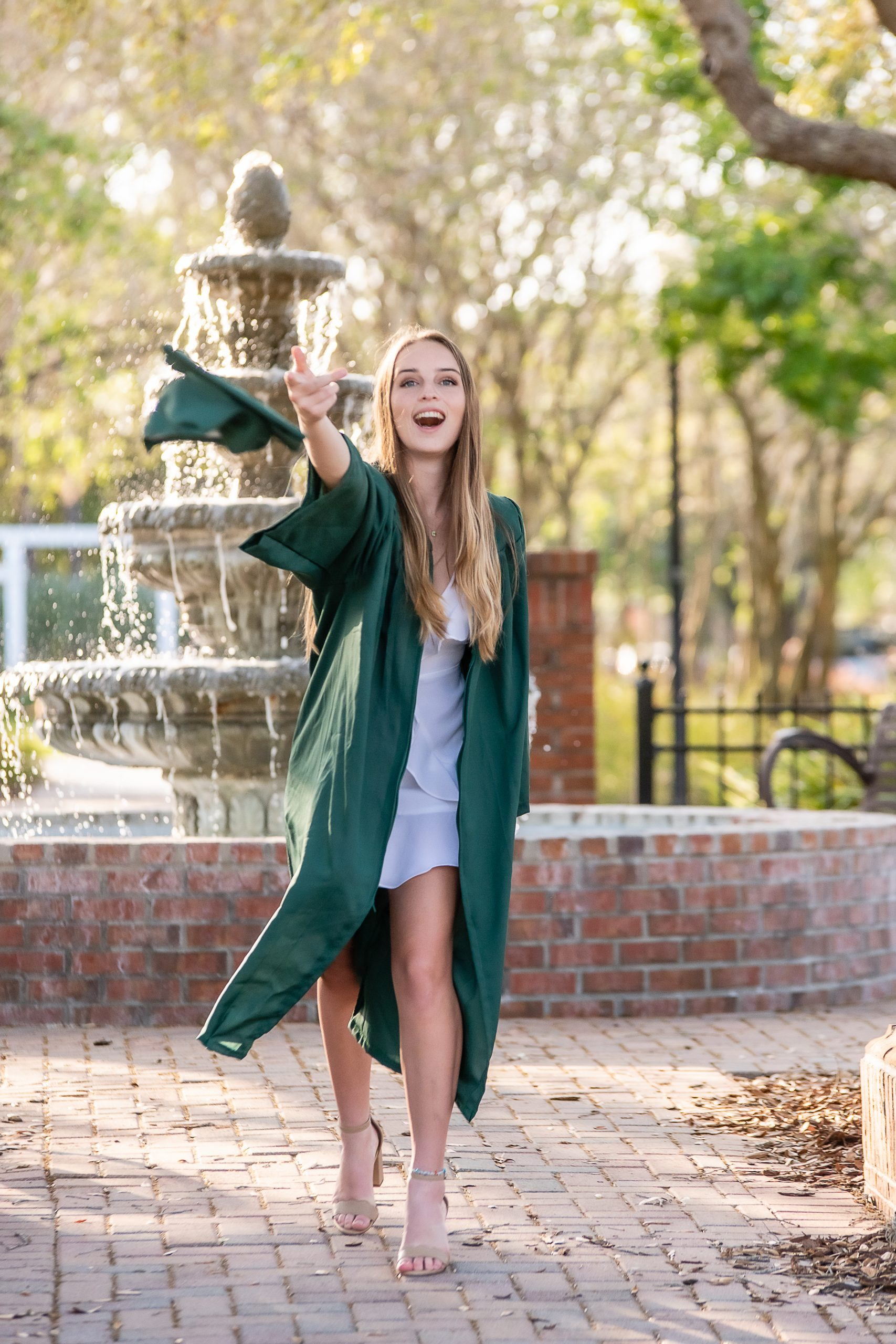 cap and gown graduation sessions
